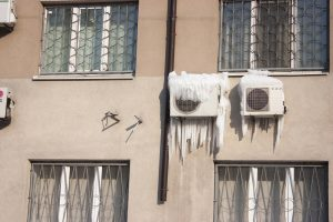 What Causes Your AC to Freeze